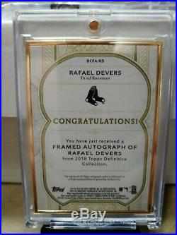 RAFAEL DEVERS RC 2018 Topps Definitive Gold Framed ON-CARD AUTOGRAPH (#/10-SSP)